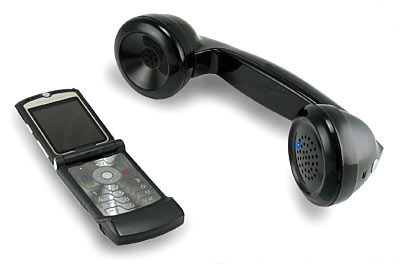 bluetooth_retro_handset_withphone.jpg